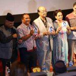 आमाको नाममा पुरस्कार